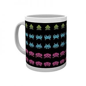 space-invaders-mug
